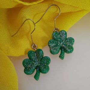 ☘️St Patrick's Day Green Shamrock Earrings